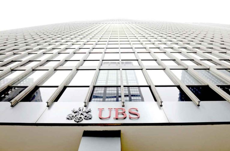Morning Coffee: UBS decided it only wants these special bankers. London bankers still say they're exhausted.